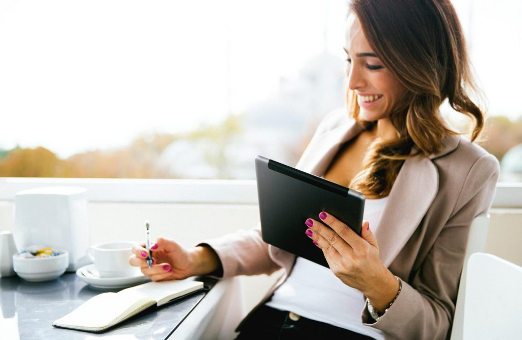 Need to earn some extra cash but not sure where to start? You could choose any of these 9 ways to make an extra $1000 this month and boost your income.
