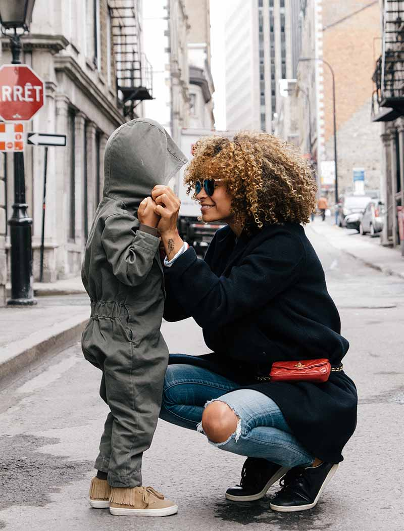 Parenting is rough, and sometimes it feels like all you do is say 'no' and yell. Add some balance with these positive things to say to your child each day. #positiveparenting #parenting #motherhood #parentingtips #parentinghacks Parenting Tips | Parenting Hacks | Positive Parenting | Parenthood | Motherhood