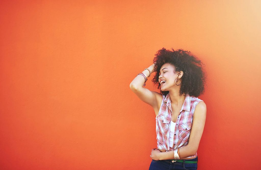 Self confidence isn't something you just 'have'. It's something that takes work to achieve and then it's something you need to make a habit. Here are the top 11 habits of a confident woman - how many of these habits do you have?