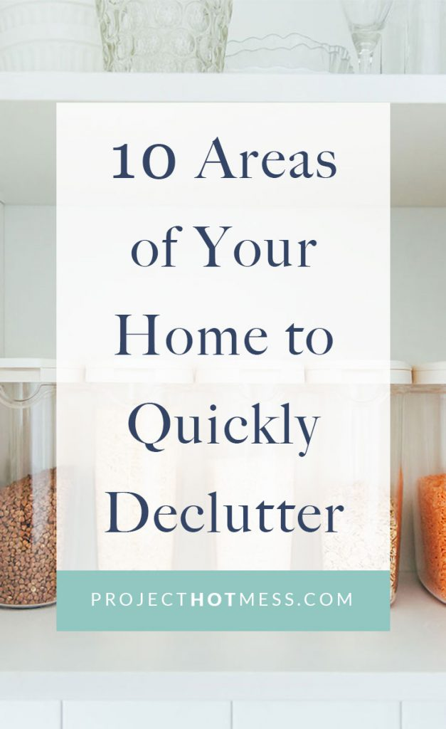 Looking for ways to quickly declutter your home, or how to start a deeper decluttering project? Here are a few tips on how to start quickly decluttering your home!